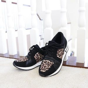 range cheetah print contrast thick sole sneakers